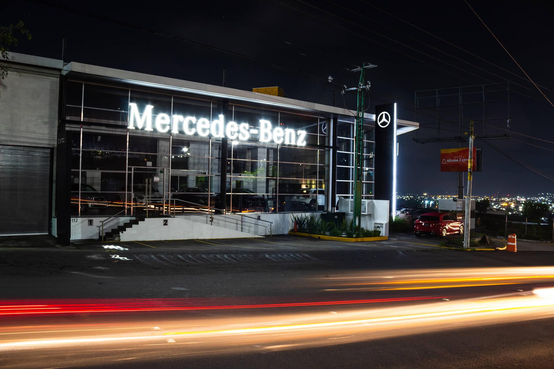 Mercedes-Benz Querétaro Bernardo Quintana - Imagen 1